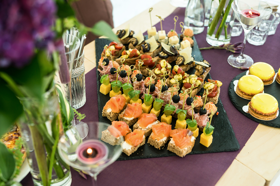 Hosting an Event? Let Us Handle the Meals